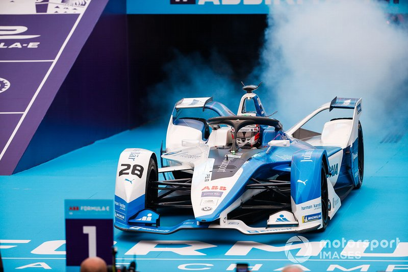 Antonio Felix da Costa, BMW I Andretti Motorsports, BMW iFE.18 pulls up in front of the podium