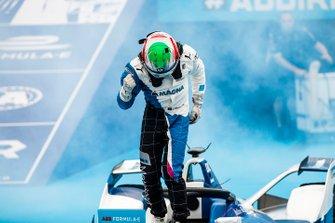 Antonio Felix da Costa, BMW I Andretti Motorsports, BMW iFE.18, wins the inaugural Ad Diriyah E-Prix