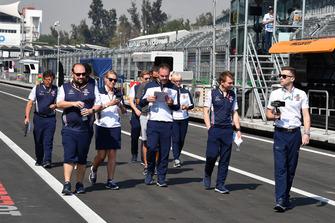 La reconnaissance de la piste pour l'écurie Williams