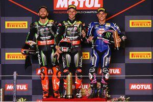 Podio: il vincitore della gara Jonathan Rea, Kawasaki Racing, il secondo classificato Tom Sykes, Kawasaki Racing, il terzo classificato Alex Lowes, Pata Yamaha