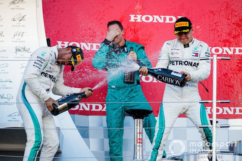 Lewis Hamilton újabb győzelme, ezúttal Szuzukában