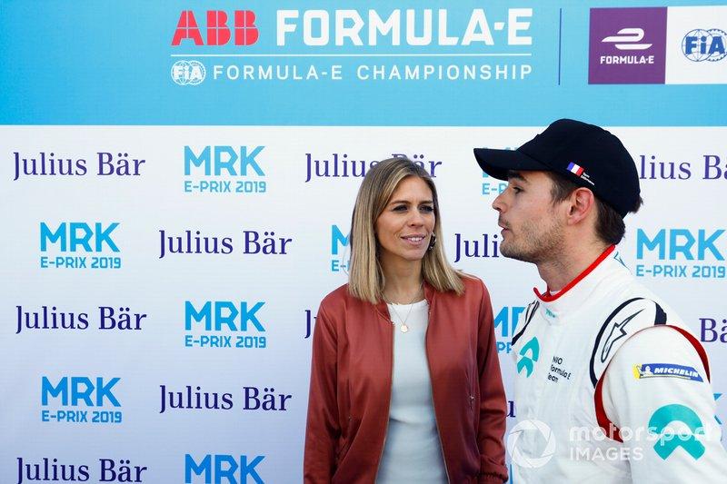 Pit Lane reporter Nicki Shields with Tom Dillmann, NIO Formula E Team