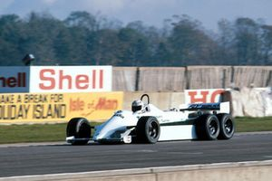Alan Jones, William FW07D a 6 ruote