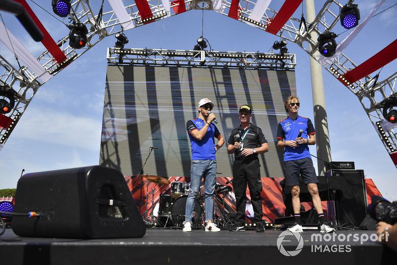 Pierre Gasly, Scuderia Toro Rosso and Brendon Hartley, Scuderia Toro Rosso on stage