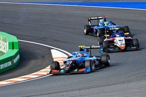 Johnathan Hoggard, Jenzer Motorsport, Hunter Yeany, Charouz Racing System et Tijmen Van Der Helm, MP Motorsport