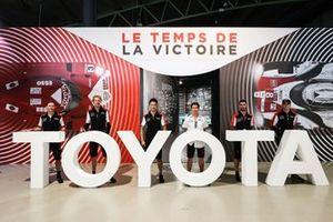 Mike Conway, Kamui Kobayashi, Jose Maria Lopez, Sébastien Buemi, Kazuki Nakajima, Brendon Hartley, Toyota Gazoo Racing