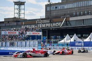 Sergio Sette Camara, Dragon Penske Autosport, Penske EV-5, Alex Lynn, Mahindra Racing, M7Electro, Jean-Eric Vergne, DS Techeetah, DS E-Tense FE21