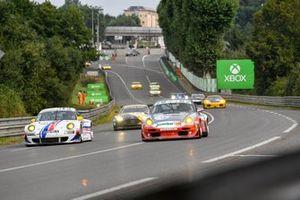 #40 Porsche 997 GT3 RSR: Michael Erlich, #73 Porsche 993 GT2: Guenther Schindler