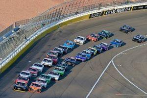 Ty Dillon, Jordan Anderson Racing, Chevrolet Camaro South Point Hotel & Casino and Daniel Hemric, Joe Gibbs Racing, Toyota Supra Poppy Bank