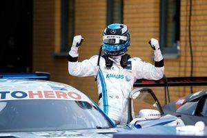 Race winner Philip Ellis, Mercedes AMG Team Winward