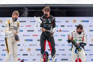Il podio di Gara 2: Enrico Flugenzi, Enrico Flugenzi Racing, Giorgio Amati, Dinamic Motorsport, Simone Iaquinta, Dinamic Motorsport