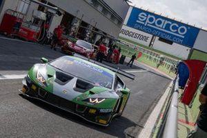 #19 Imperiale Racing, Lamborghini Huracan GT3 Evo: Paul August, Antoine Bottiroli, Jaromir Jirik