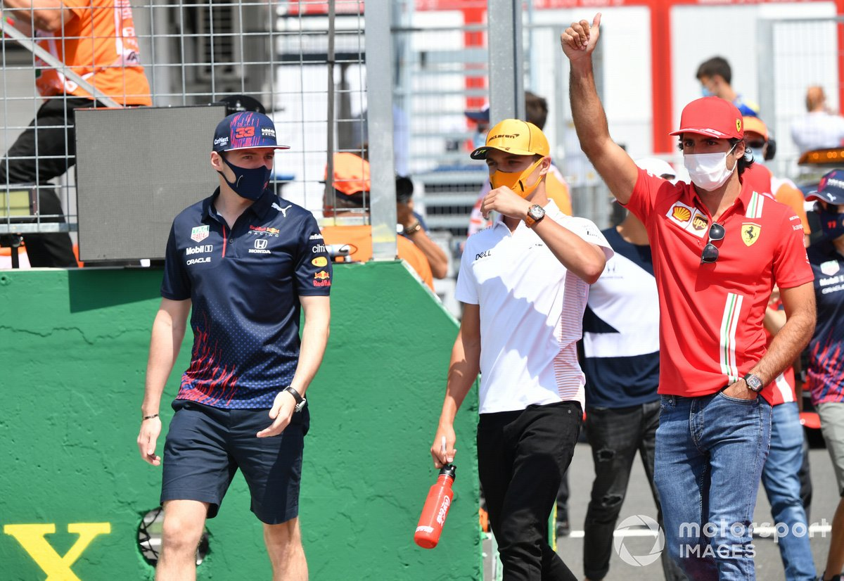 Max Verstappen, Red Bull Racing Lando Norris, McLaren Carlos Sainz Jr., Ferrari