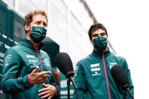 Lance Stroll, Aston Martin AMR21 and Sebastian Vettel, Aston Martin AMR21