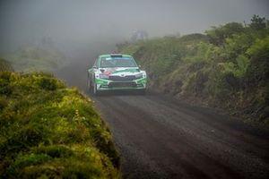 Andreas Mikkelsen, Elliott Edmondson, Skoda Fabia Rally2 evo