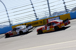 Chase Elliott, JR Motorsports Chevrolet en Darrell Wallace Jr., Roush Fenway Racing Ford
