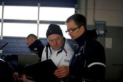 Engineers of BMW Team Schubert Motorsport