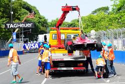 El auto accidentado de Loic Duval, Dragon Racing