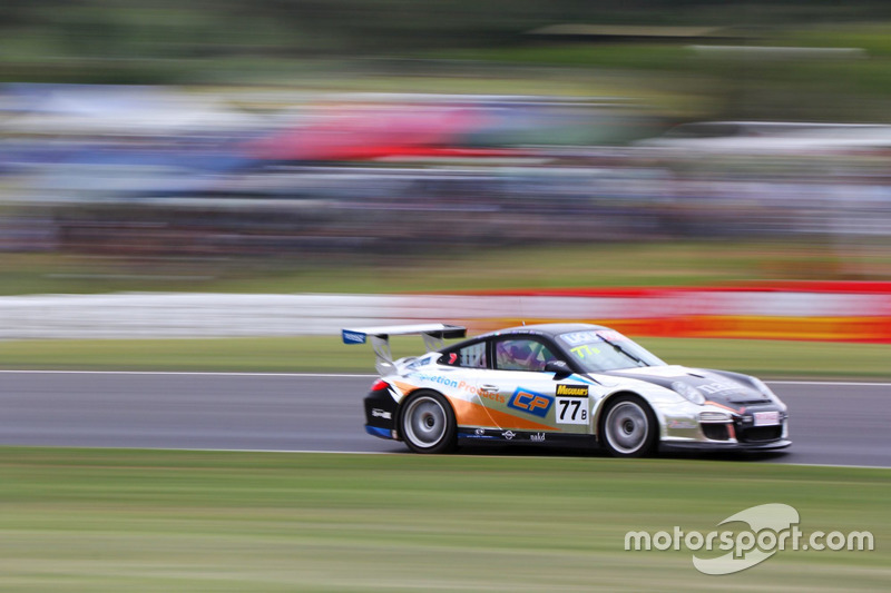 #77 Team NZ Motorsport Porsche 997 GT3 Cup: Will Bamber, Graeme Dowsett, John Curran, Craig Smith