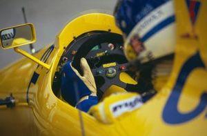 Derek Warwick, Lotus 102 Lamborghini