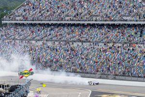 Chase Elliott, Hendrick Motorsports, Chevrolet Camaro NAPA Auto Parts celebrates his victory for the fans