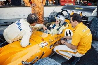 Bruce McLaren, McLaren M14A Ford en pits
