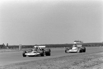 Rolf Stommelen, Surtees TS9 Ford, Chris Amon, Matra MS120B