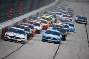 Renn-Action in Darlington: Brad Keselowski, Team Penske, Ford Mustang, führt