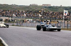 Jackie Stewart, Tyrrell 003 Ford, Pedro Rodriguez, BRM P160