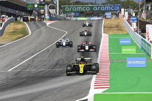 Esteban Ocon, Renault F1 Team R.S.20, Romain Grosjean, Haas VF-20, George Russell, Williams FW43, Antonio Giovinazzi, Alfa Romeo Racing C39