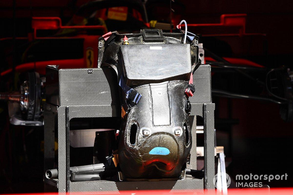 Ferrari SF1000: Fahrersitz (Rückansicht)