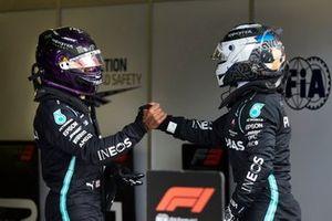 Pole sitter Lewis Hamilton, Mercedes-AMG Petronas F1 and Valtteri Bottas, Mercedes-AMG Petronas F1 celebrate in Parc Ferme