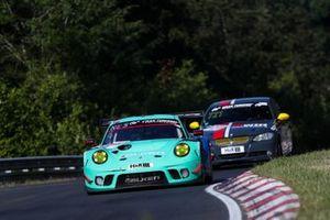 #4 Falken Motorsports Porsche 911 GT3 R: Matteo Cairoli, Peter Dumbreck
