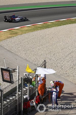 David Schumacher, Charouz Racing System Drives Past The Safety Car Sign