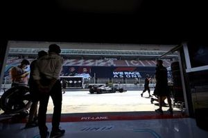Valtteri Bottas, Mercedes F1 W11 EQ Performance, outside the garage