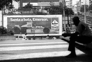 Werbeplakat mit Emerson Fittipaldi in Sao Paulo