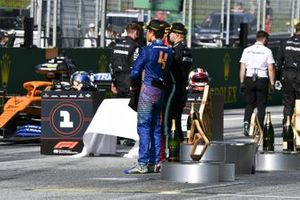 Lando Norris, McLaren, Valtteri Bottas, Mercedes-AMG Petronas F1 e Charles Leclerc, Ferrari in posa per una fotografia