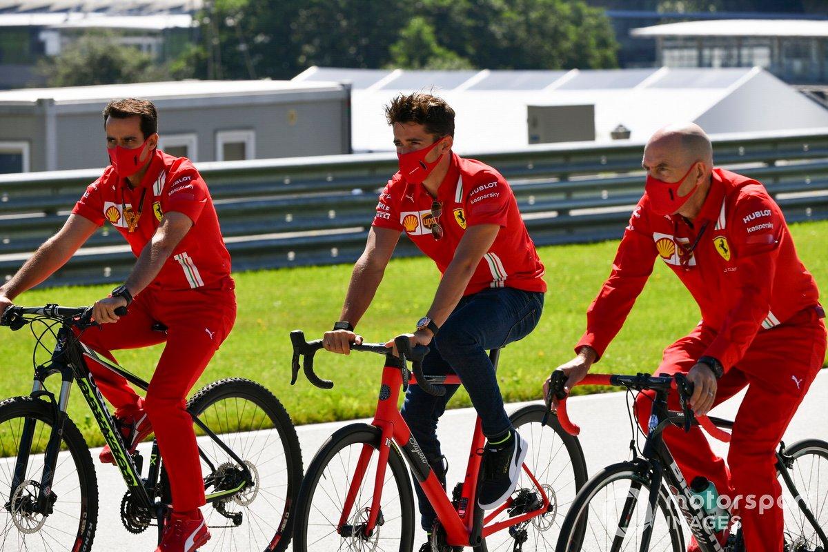 Charles Leclerc, Ferrari in bicicletta