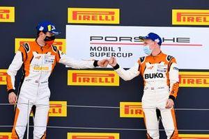 Max van Splunteren, Team GP Elite, and Larry ten Voorde, Team GP Elite, congratulate each other on the podium