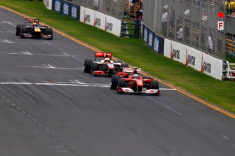 Felipe Massa, Ferrari F10 leads Mark Webber, Red Bull Racing RB6 Renault and Lewis Hamilton, McLaren MP4-25 Mercedes