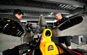 Red Bull team Autódromo Ricardo Mejía