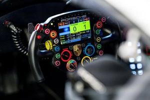 2020 Porsche 911 RSR-19 steering wheel