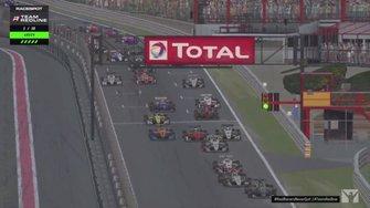 Team Redline simrace op Spa-Francorchamps met Max Verstappen en Lando Norris