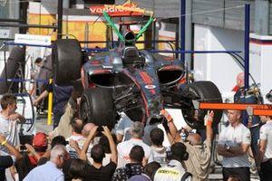 Lewis Hamilton, McLaren MP4-24 Mercedes