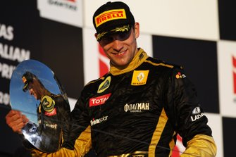 Podio: tercer lugar Vitaly Petrov, Lotus Renault GP