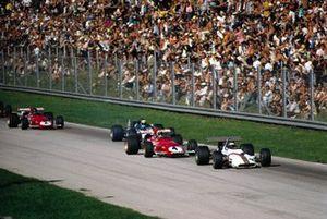 Jackie Oliver, BRM P153, Clay Regazzoni, Ferrari 312B, Jackie Stewart, March 701 Ford y Jacky Ickx, Ferrari 312B