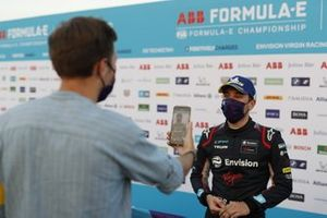 Robin Frijns, Virgin Racing talks to the press