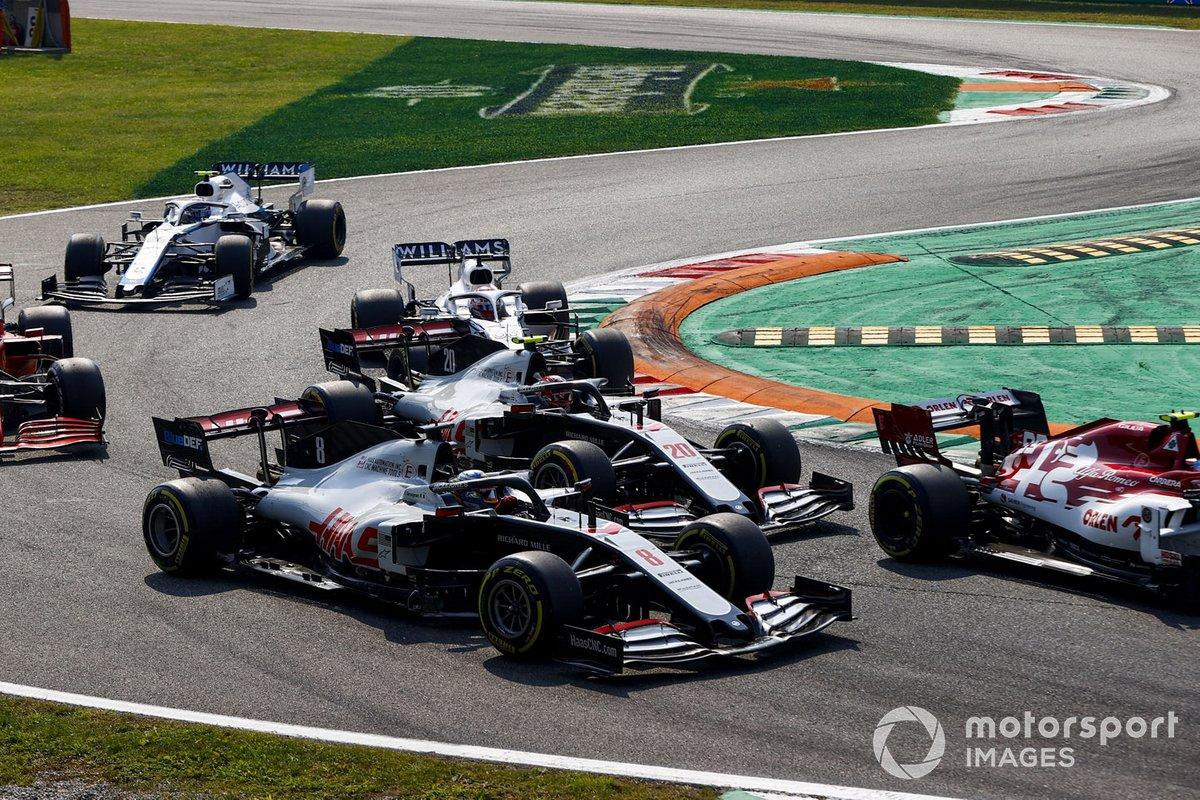 Romain Grosjean, Haas VF-20, Kevin Magnussen, Haas VF-20, George Russell, Williams FW43, Nicholas Latifi, Williams FW43, e Sebastian Vettel, Ferrari SF1000