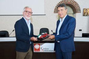 Uniti per Ripartire- Pietro Innocenti, AD Porsche Italia e Luciano Gualzetti, Direttore Caritas Milano