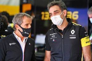 Alain Prost, Renault F1 Team Non-Executive Director with Cyril Abiteboul, Renault Sport F1 Managing Director